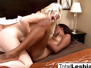 Dark-hued Honey Lotus Gets Dirty With Huge-boobed Blonde Nikki